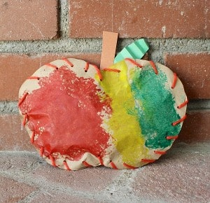 Fall Craft for Kids: Stuffed Paper Apples