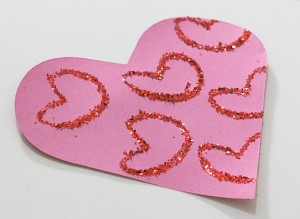 Easy Valentine's Day Craft for Kids: Glitter Hearts