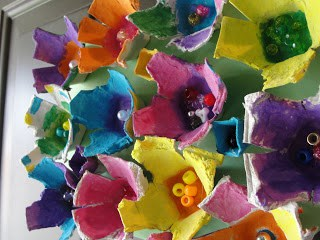 20 Gorgeous Flower Crafts