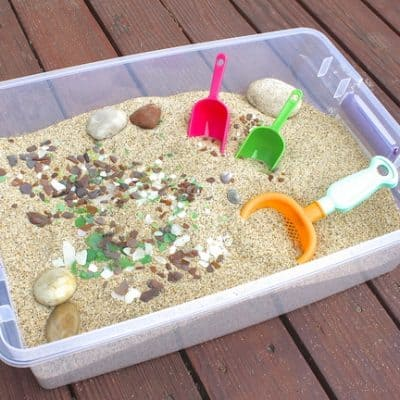 Beach Themed Sensory Box (Sensory Activities for Kids)