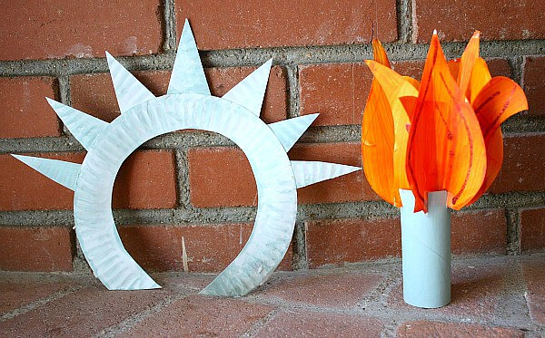 Statue of Liberty Crown and Torch Paper Plate Craft for Kids~ Buggy and Buddy