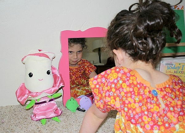 exploring feelings with a mirror