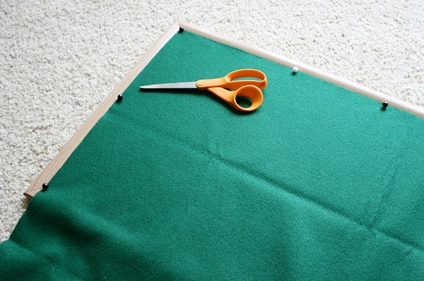 Homemade Felt Board Tutorial~ Buggy and Buddy