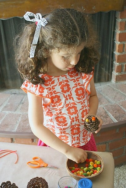 Fall Craft for Preschoolers~ Decorating Pinecones