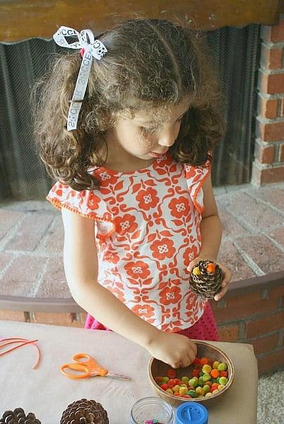 Fall Craft for Preschoolers~ Decorating Pinecones