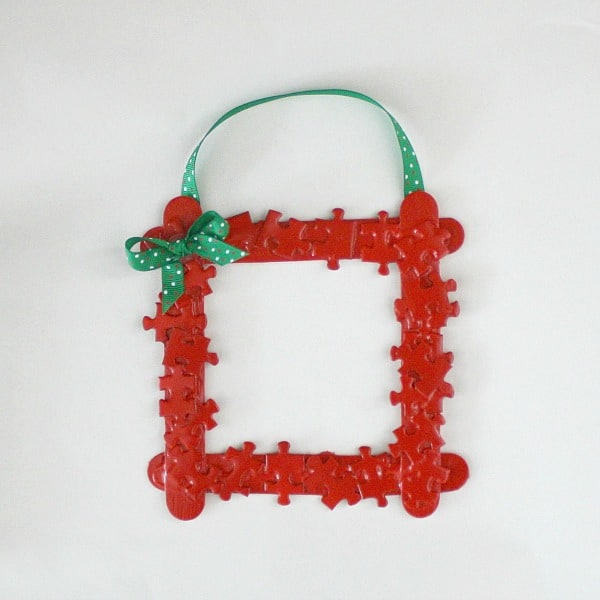 Christmas Picture Frame Craft Ideas Part - 27: Homemade Christmas Ornament For Kids: Puzzle Piece Christmas Ornament Frame~  Buggy And Buddy