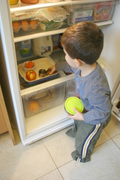 How I Manage Toddler Snacks at Home~ Buggy and Buddy