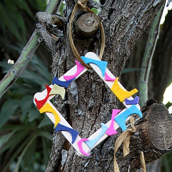 Abstract Christmas Ornaments for Kids Using Scraps~ Buggy and Buddy