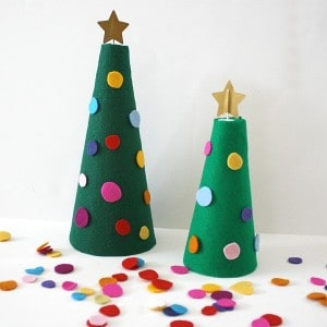 Decorate the Felt Christmas Tree Activity for Kids