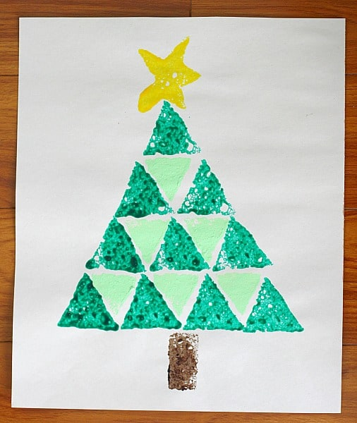 Christmas Tree Crafts: Shape Christmas Tree Sponge Painting ...