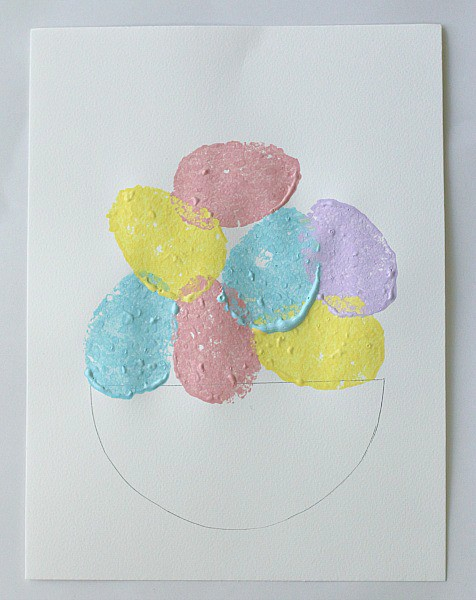 Easter craft with sponge painting