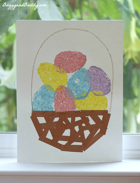 Easter Crafts for Kids: Sponge Painted Easter Egg Basket~ BuggyandBuddy.com