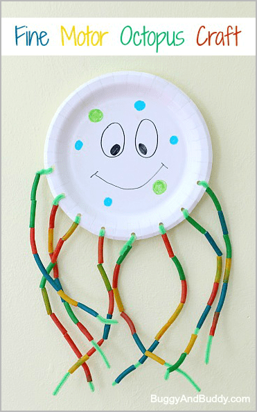 Here's a fun summer craft for kids that also provides fine motor and counting practice~ A Paper Plate Octopus! ~ Buggy and Buddy