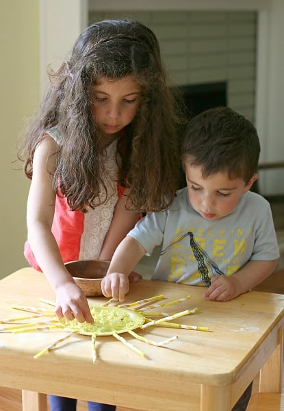Summer Crafts for Kids: Fine Motor Sun Craft ~ Buggy and Buddy