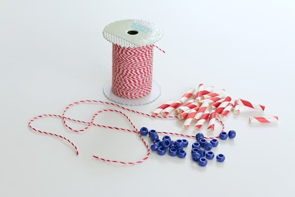 materials for patriotic necklace craft for kids