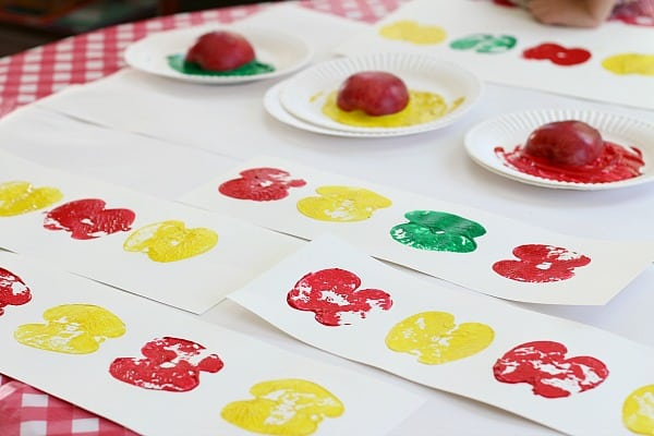 Math Patterns Using Apple Prints - Buggy and Buddy