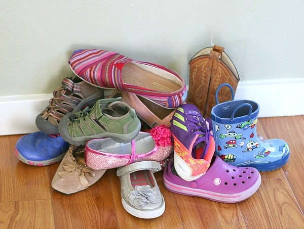 sorting shoes math activity for kids