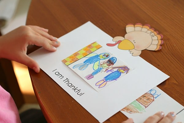 Thanksgiving Craft for Kids: I Am Thankful for Story Window
