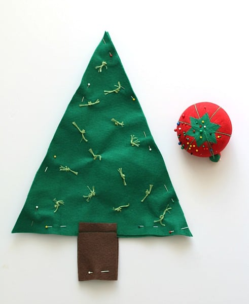 pin your felt tree before sewing