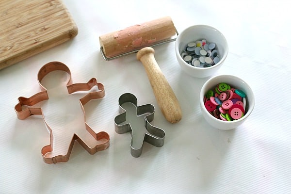 gingerbread man playdough sensory play