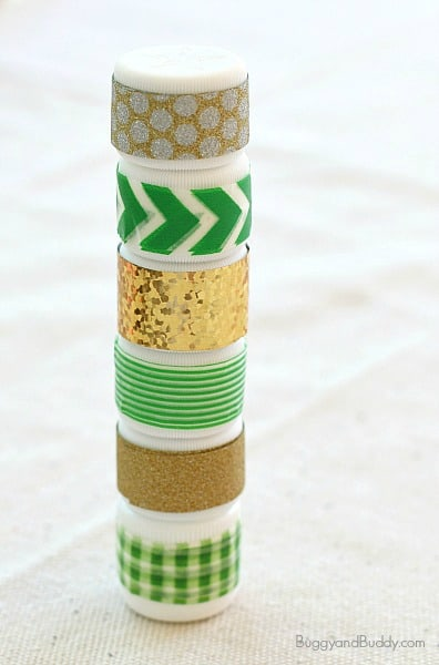 St. Patrick's Day Craft for Kids: Mini Sound Shakers~ BuggyandBuddy.com