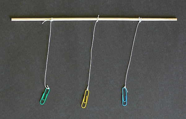 gravity experiment using paperclips