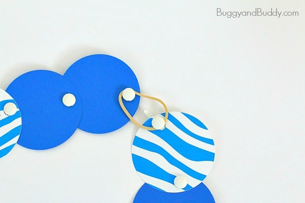 Mod Paper Circle Necklace Craft for Kids