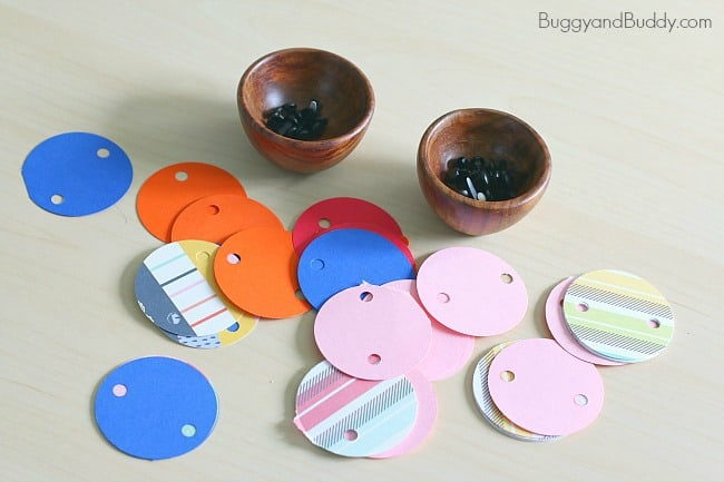 materials for paper circle necklace craft for kids