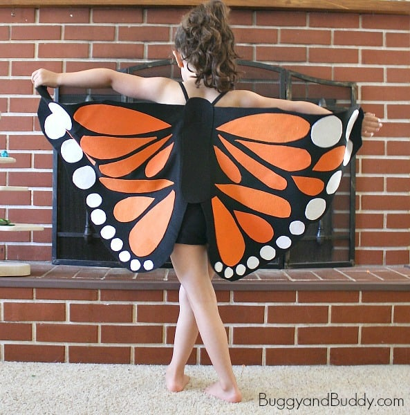 DIY Felt Butterfly Wings- Easy tutorial for homemade butterfly wings (perfect for Halloween or pretend play) ~ BuggyandBuddy.com