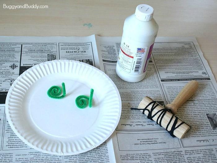 Materials for making Santa Craft for Kids