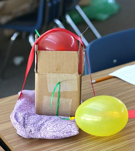 How to do an egg drop challenge w/ two FREE printable recording sheets