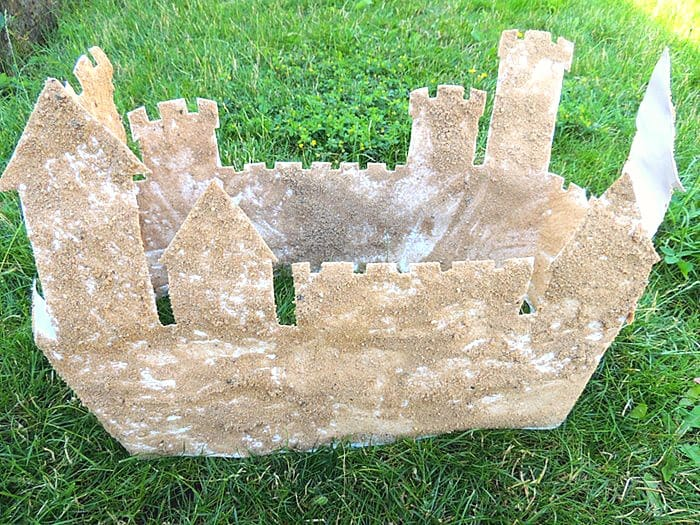 How to Make a 3-D Sandcastle Craft for Kids