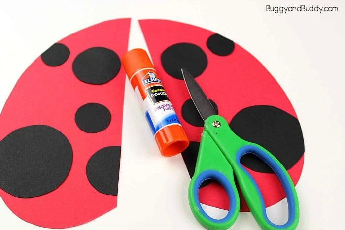 create two wings for your ladybug puppet