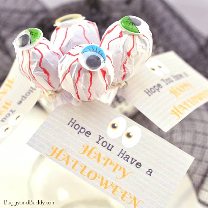 DIY Eyeball Lollipop Treats for Halloween