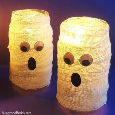 DIY Mason Jar Mummy Lantern Craft for Halloween