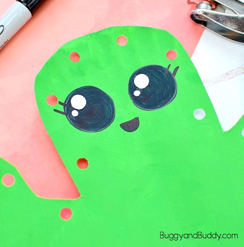 draw a face onto your paper plate cactus craft